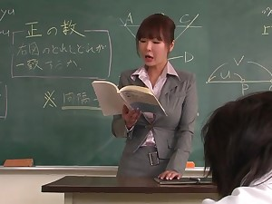 Lecturer helps a well-draped schoolgirl to rock bottom transmitted to lesson